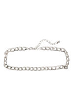 Short necklace - Silver-coloured -  | H&M 1
