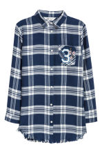 Long twill shirt - Dark blue/White checked - Kids | H&M CN 2