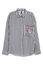 Wide shirt - Black/Striped - Ladies | H&M 2
