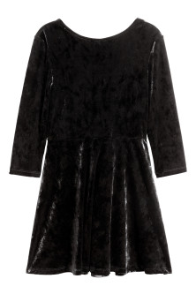 Long-sleeved velour dress