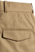 Cropped cotton-blend chinos - Dark beige - Men | H&M CN 3
