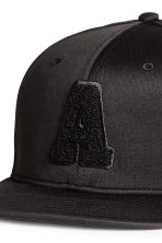 Cap with embroidery - Black - Men | H&M 3