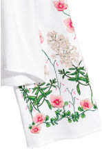 Embroidered sweatshirt - White/Floral - Ladies | H&M CN 3