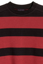 Oversized T-shirt - Black/Red striped - Men | H&M 3