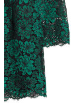 Lace V-neck dress - Green - Ladies | H&M CN 3