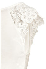 MAMA Top with lace sleeves - White - Ladies | H&M 3
