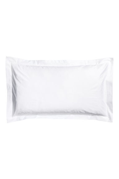 Cotton satin Oxford pillowcase - White -  | H&M CN