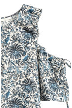 Cold shoulder top - Light beige/Floral - Ladies | H&M 3