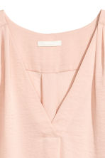 V-neck blouse - Powder pink - Ladies | H&M 3