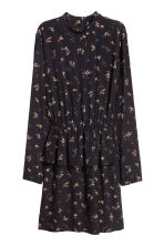 Dress with a flounce - Black/Small floral - Ladies | H&M 2