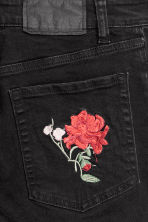 Slim Mom Jeans - Black/Floral - Ladies | H&M 3