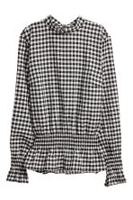 Smocked blouse - Black/White/Checked - Ladies | H&M 2