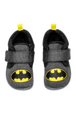 Jersey indoor shoes - Dark grey/Batman - Kids | H&M CN 1