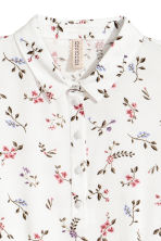 Crêpe dress - White/Floral - Ladies | H&M 3