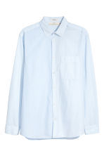 Cotton shirt Regular fit - Light blue - Men | H&M IE 2