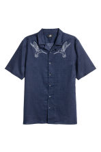 Denim shirt Regular fit - Dark blue/Birds - Men | H&M CA 2