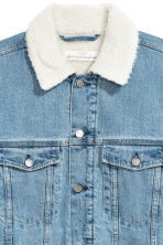 Pile-lined denim jacket - Light denim blue - Men | H&M GB 3