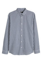 Easy-iron shirt Slim fit - Dark blue/Checked -  | H&M GB 2