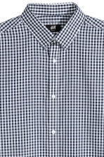 Easy-iron shirt Slim fit - Dark blue/Checked -  | H&M GB 3