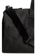 Cylindrical Sports Bag - Black - Men | H&M CA 4