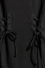 Laced T-shirt dress - Black - Ladies | H&M 3