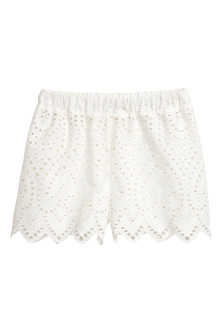Shorts med broderie anglaise