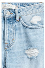 Girlfriend Jeans - Light denim blue/Trashed -  | H&M CN 5