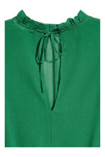 Crinkled chiffon blouse - Green - Ladies | H&M 3