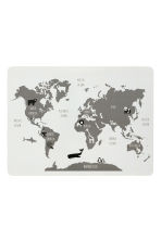 Cork table mat - White/Map - Home All | H&M CN 1