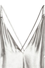 Shimmering metallic top - Silver-coloured - Ladies | H&M CN 3