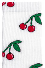 Socks with a motif - White/Cherry - Men | H&M 2