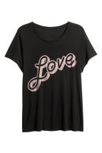 H&M+ Printed jersey top - Black/Love - Ladies | H&M 2