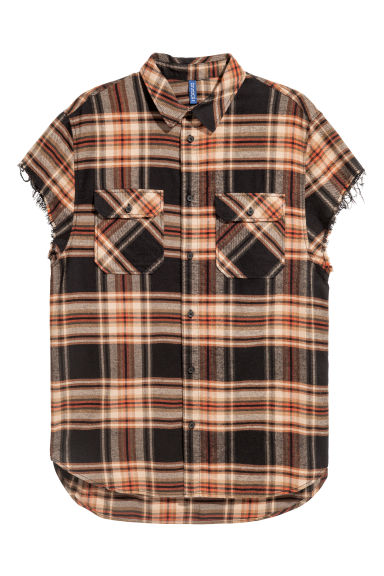 Short-sleeved flannel shirt - Dark beige/Black checked - Men | H&M GB