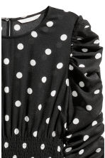 Dress with smocking - Black/White spotted - Ladies | H&M CN 3