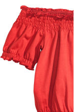Short off-the-shoulder top - Red - Ladies | H&M CN 3
