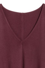 Jersey V-neck dress - Burgundy - Ladies | H&M 3