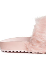 Slides with faux fur - Powder pink - Ladies | H&M CN 4