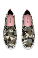 Slip-on Shoes - Khaki green/patterned - Ladies | H&M CA 2