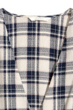 Double-breasted blouse - Natural/Blue checked - Ladies | H&M IE 2