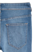 Petite fit Skinny Jeans - Denim blue - Ladies | H&M 3