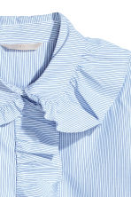 Shirt with frills - White/Blue striped - Ladies | H&M CN 3