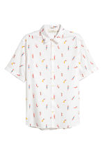 Short-sleeve shirt Regular fit - White/Patterned - Men | H&M 2