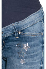 MAMA Skinny Ankle Jeans - Azul denim - MUJER | H&M ES 5