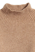Knitted jumper - Camel - Ladies | H&M 3
