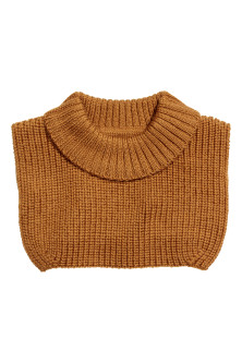 Wool polo-neck collar