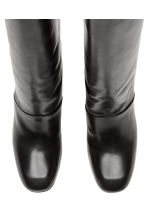 Knee-high leather boots - Black - Ladies | H&M CN 2