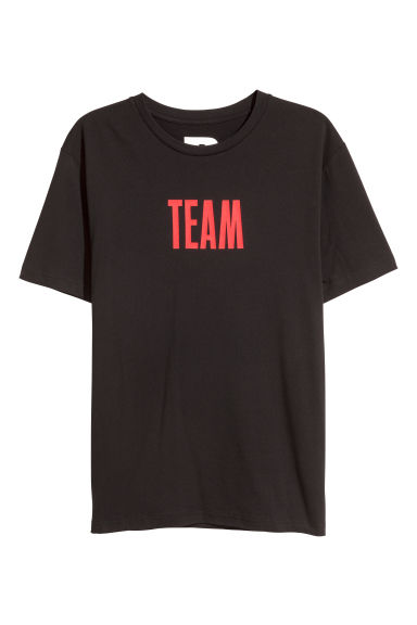 T-shirt with a print motif - Black/Team - Men | H&M GB 1