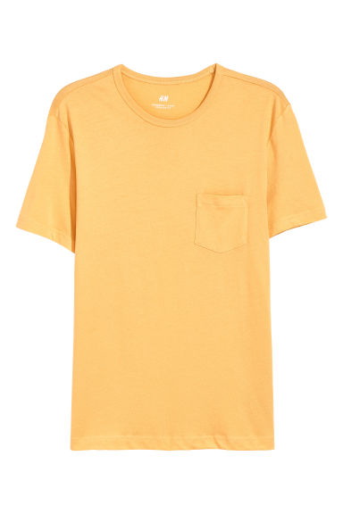 T-shirt with a chest pocket - Yellow - Men | H&M GB