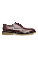 Brogues met robuuste zool - Bordeauxrood - HEREN | H&M NL 1