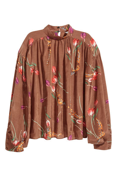 Balloon-sleeved blouse - Brown/Tulips - Ladies | H&M